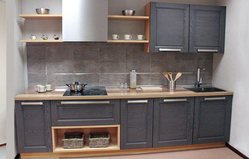 Грей современная серая кухня из массива дерева