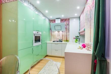 Дизайнерская кухня зелёная мятного цвета фото работы №5 МДФ(эмаль)