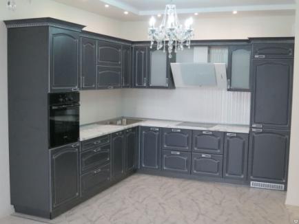 Элитная дорогая кухня из МДФ в тёмно сером цвете с патиной  №6