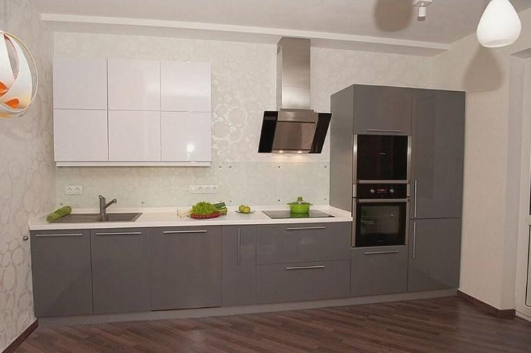 Кухня в эмали серая с белым