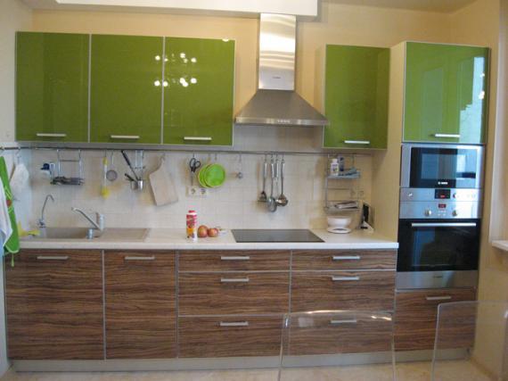 Модная кухня на заказ МДФ пластик акрил супер глянец ''Зелёная роща'' на заказ