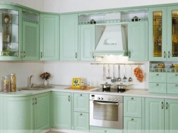 Индивидуальная кухня нежная крашеная эмалью образец №4