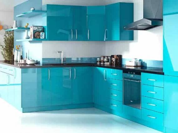 Кухня на заказ в эмали голубого цвета