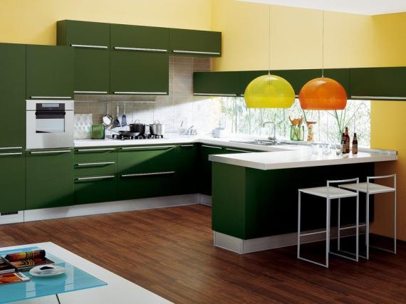 Зелёная матовая кухня в Fenix NTM в стиле модерн
