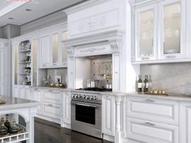 Эксклюзивная кухня MonteBianco с раскошным порталом и итальянскими белыми фасадами с золотом из ясеня