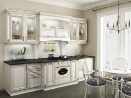 Кухня белая с золотой патиной, массив дерева с каменной столешницей с декоративными элементами, кухня прямая