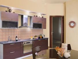 Кухня на заказ от фабрики МДФ с пленкой ПВХ прямая с обычной столешницей