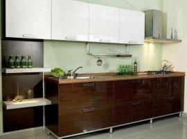 Кухня на заказ современная Техно, пластик двуцветный венге с белым