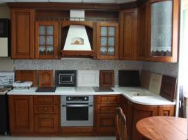 Кухня Савона из массива ясеня для любителей настоящей классики