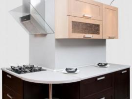 Маленькая кухня с итальянскими фасадами