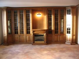 Классическая библиотека из массива дерева дуба с камином ручной работы