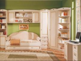 Мебель для детской из МДФ в эмали со встроенным шкафом