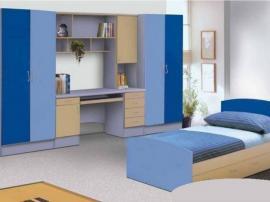 Простая мебель для детской комнаты голубого цвета