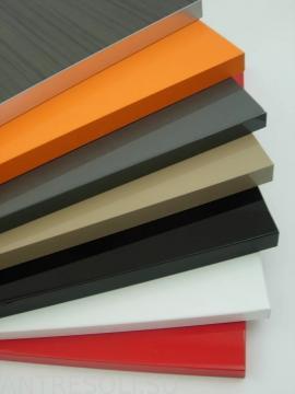 Возможны различные варианты кромок в цвет: алюминиевые, 3Д кромки, АБС кромки, ПВХ кромки
